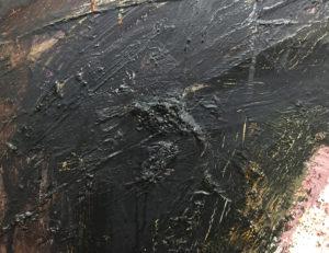 Detalje af maleri med klistrede tæppefibre før restaurering